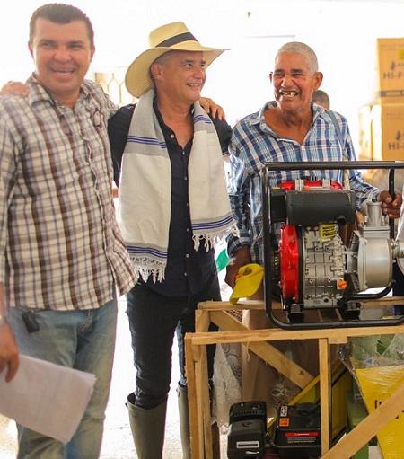 Con 71 motobombas para pequeños productores lácteos se fortalece el agro en Manatí, Atlántico
