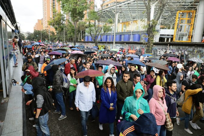 CLAUDIA LOPEZ PROTESTA