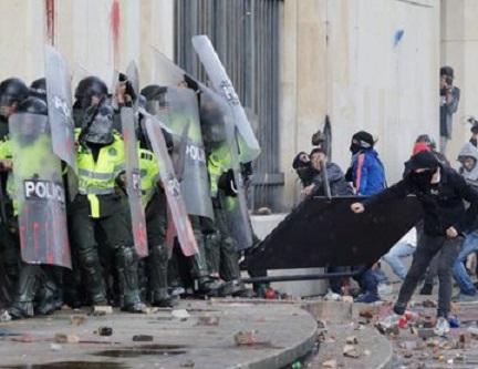 Corte Suprema ordena desarmar al Esmad en el término de 48 horas, y deja a los colombianos expuestos al vandalismo y al terrorismo urbano