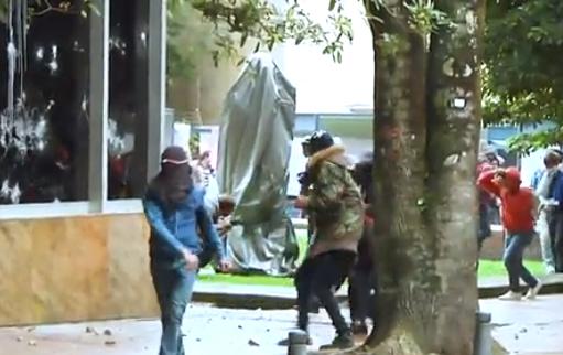 Aparato judicial y Policía tras extranjeros con misiones violentas en la marcha del 21 de noviembre