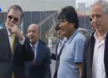 Ya en tierra mexicana Evo Morales en rueda de prensa ataca a la OEA, e insiste en que hubo golpe de estado