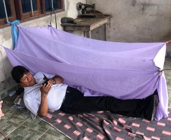 México le ofrece asilo a Evo Morales. El socialista golpista Martín Vizcarra facilita la fuga con el espacio aéreo de Perú para su traslado