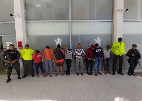 10 personas capturadas de la banda Los Gomelos, a la misma de la mujer fitness, Carmen Graciela Fernández. Tenían 17 años traficando narcóticos
