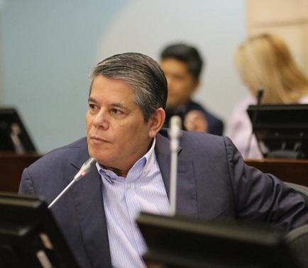 Este martes control político al caso de Electricaribe. O la Ministra Cumple o No hay Ley de Financiamiento: Senador Antonio Zabaraín