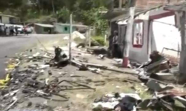 Varios milagros adjudicados estrictamente a Dios y al Señor Jesucristo: En medio de la terrible explosión de un carro cargado con explosivos en Párraga jurisdicción de Rosas, Cauca