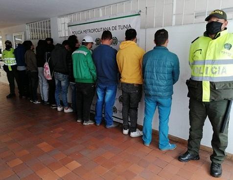 Judicializan a diez personas que desacataron el aislamiento preventivo para salir a jugar billar en Tunja
