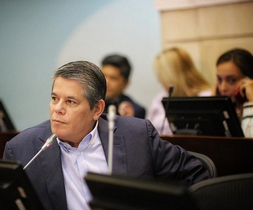 #NoMasPayasos ni protagonismos políticos, cuenta única de aportes, pide el senador Antonio Zabaraín