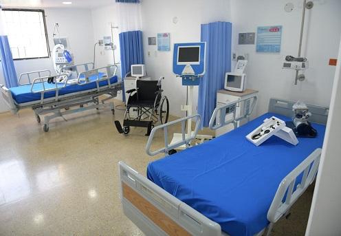 Monsalvo inauguró 10 camas de UCI en el Hospital Rosario Pumarejo de López, de Valledupar