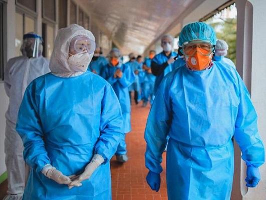 Covid-19 cerró esta semana con casi 15 mil contagios en Colombia. Preocupan, Bogotá, Amazonas, Cartagena y Atlántico.