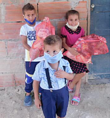Familias de La Cangrejera y La Playa reciben ayudas humanitarias de la Fundación Dar y Darse con apoyo de OPL Carga SAS