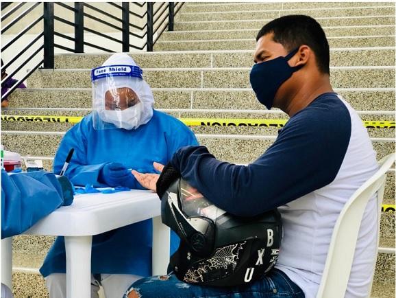 Salud del Distrito realiza pruebas rápidas de COVID-19 a motociclistas