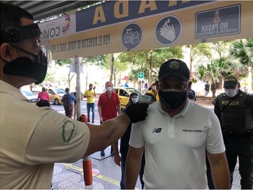 Cifras espeluznante del Covid-19 en Colombia este 16 de julio: 8.037 nuevos casos 215 fallecidos. De los cuales 1.967 contagiados se encuentran en el Atlántico