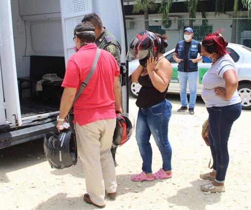 Sorprenden a 14 dentro de un Motel en Barranquilla violando la cuarentena, la Policía les aplicó comparendo