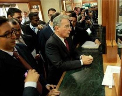 Corte Suprema de Justicia en claro menoscabo de la Justicia y actuando como contraparte, le dicta medida de aseguramiento al ex presidente Álvaro Uribe Vélez