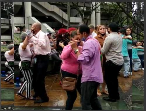 Sube a un 85% la ocupación de camas UCI en Medellín, mientras la gente continúa bailando, incluso en la calle, y la gente exige la verdad en la información