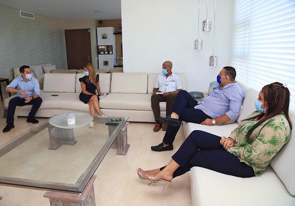 Alcalde de Repelón, acompañado del senador Laureano Acuña, la diputada Merlys Miranda concreta con la gobernadora Elsa Noguera, temas claves para el Municipio