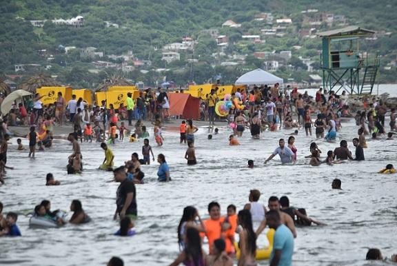 Socorritas rescatan a 7 personas que por poco se ahoganm en playas de Pradomar, Atlántico