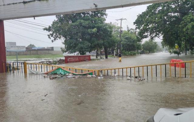 Cartagena en grave emergencia, personas desaparecidas, la ciudad colapsada a causa de la tormenta IOTA