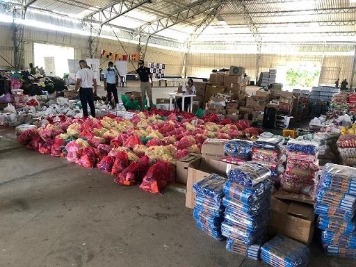 Barranquilleros le respondieron al llamado a la solidaridad liderada por la Armada Nacional, logrando juntar 250 toneladas de ayudas para la gente de San Andrés