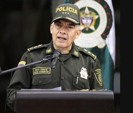 Fiscalía archivó investigación contra el Director Nacional de la Policía. Abogado asegura que se trató de una persecución mediática del general Salamanca contra el general Atehortúa